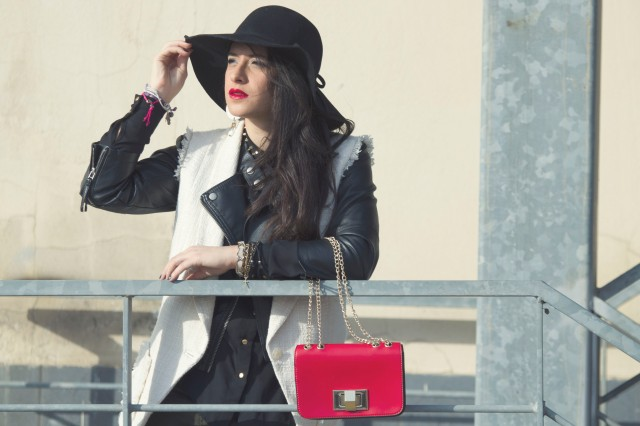 H&M wide hat and oasap red bag